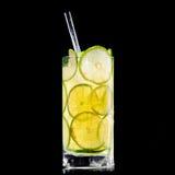 Bevanda fresca su priorità bassa nera Fotografia Stock Libera da Diritti