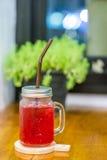 Bevanda rossa della soda Fotografie Stock Libere da Diritti