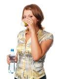 Bevande della ragazza Fotografia Stock Libera da Diritti