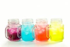 Bevande di rinfresco di estate in barattolo Fotografie Stock Libere da Diritti
