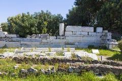 Bevarat fördärvar av en gammal byggnad i Aten arkivbild