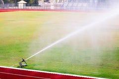 Bevattna fotbollfältet Royaltyfri Foto