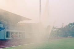 Bevattna fotbollfältet Royaltyfri Fotografi