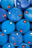 Bevattna i blå plast- 200 liter Arkivfoto