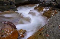Bevattna nedgångWang Sila laeng, Grand Canyon Wang Sila laeng, Pua District, Nan, Thailand Arkivbilder