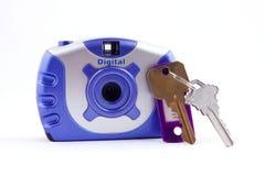 Beveilig digitale camera en sleutels Royalty-vrije Stock Afbeeldingen