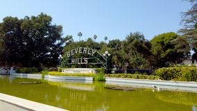 Beverly Gardens Park i Los Angeles - loppfotografi stock video