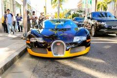BEVERLY HILLS CA, CZERWIEC, - 10, 2017: Bijanï ¿ ½ s zwyczaj Bugatti obraz royalty free