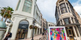 BEVERLY HILLS, CA - Rodeo Drive with tourists. Beverly Hills is Stock Photos