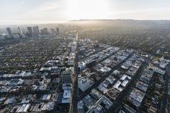 Beverly Hills Wilshire Blvd Aerial sikt royaltyfri fotografi