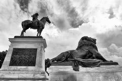 beviljar svarta dollar femtio för sedeln isolerad bildstående s ulysses oss white Grant Memorial i Washington DC royaltyfri bild