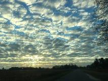 Bevlekt Bewolkt Sunny Sky stock foto