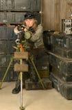 Beväpnad stridsoldatkvinna Arkivfoto