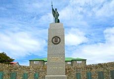 Bevrijdingsmonument in Stanley, kapitaal van Falkland Islands, een Brits Gebied overzee Om de Oorlog van de Falkland Eilanden te  stock foto's