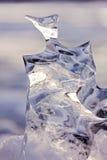 Bevroren abstracte gesneden de aarddooi van het ijsbeeldhouwwerk Stock Foto