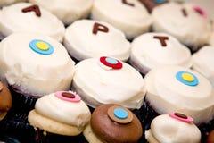 Bevroren broodjes en cakes Stock Foto's
