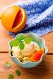 Bevroren oranje yoghurt Royalty-vrije Stock Afbeeldingen