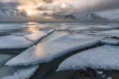 Bevroren overzees in Vestrahorn Royalty-vrije Stock Afbeeldingen