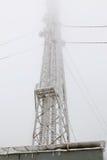 Bevroren radio overbrengende toren royalty-vrije stock foto's