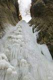 Bevroren waterval royalty-vrije stock afbeeldingen