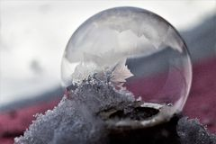 Bevroren Zeepbel royalty-vrije stock afbeelding