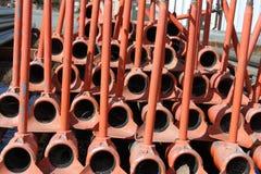 Bewässerung leitet, das Rot, gestapelt, für Lagerung Stockbild