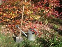 Bewässerungsdose und -spaten Lizenzfreies Stockbild
