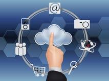 Bewölken Sie Datenverarbeitungskonzept, den Finger, der die Wolke berührt Lizenzfreie Stockfotografie