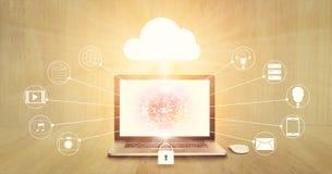Bewölken Sie die Datenverarbeitung, Laptop mit dem Kreis, der auf Schirm global ist und IkonenNetwork Connection lizenzfreies stockbild