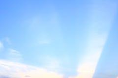 Bewölkt blauen Himmel Lizenzfreie Stockfotografie