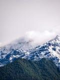 Bewölkte Berge Lizenzfreies Stockbild