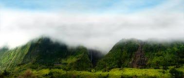 Bewölkte Berge von flores, acores Inseln Lizenzfreie Stockbilder