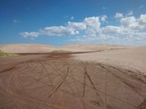 Bewölkte Wüste Lizenzfreie Stockfotografie