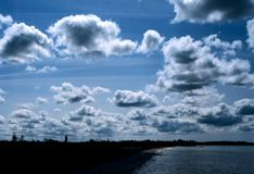 Bewölkter irischer Himmel Lizenzfreie Stockfotografie