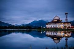Bewölkter Morgen an Darul-Quran, Kuala Kubu Baru, Selangor, Malaien Lizenzfreies Stockfoto