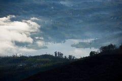 Bewölkter Morgen von Adams Spitze - Sri Lanka Stockfotos
