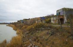 Bewölkter Oktober-Tag an der Nordstärke Kronstadt Stockfotografie