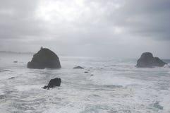 Bewölkter Ozean lizenzfreie stockfotografie