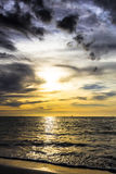 Bewölkter Sonnenuntergang Stockfotografie