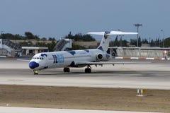 Bewölktes MD-82 Lizenzfreie Stockbilder