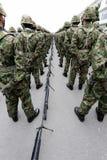 Bewaffnete Soldaten des Japaners mit Waffe Stockfotos