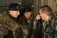 Bewapende gevechtsmilitairen Royalty-vrije Stock Foto's