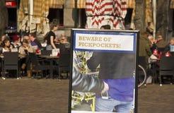 beware πορτοφολάδες Στοκ Εικόνες