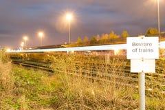 Beware dos trens Fotos de Stock Royalty Free