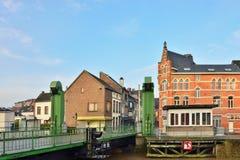 Beweegbare brug in centrum van Geraardsbergen stock foto
