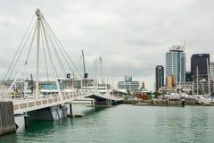 Beweegbare brug in Viaducthaven in Auckland royalty-vrije stock foto