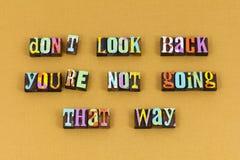Bewegen Sie sich vorwärts an heute zukünftige Typografie vorbei lizenzfreie stockbilder