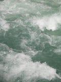 Bewegend rivierwater Stock Foto