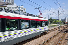 Bewegende trein in Hongkong stock afbeeldingen