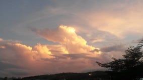 Bewegende wolken Royalty-vrije Stock Foto's